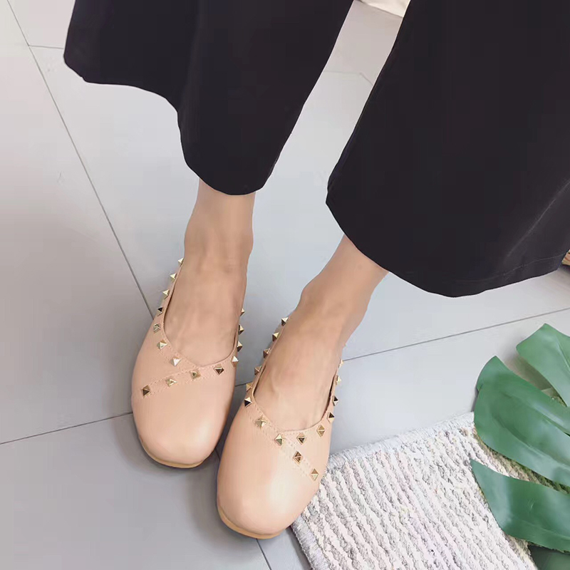 And the wind ~ fine round rivet shallow mouth low shoes casual fashion all-match comfortable soft bottom shoes slippers