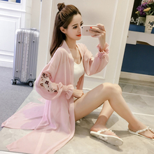 2018 summer new women's long-sleeved chiffon jacket long-sleeved wild embroidery thin breathable sun protection clothing tide