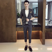 The new trend of British leisure in the summer, the sleeve stripe suit, male Korean version, slim hair stylist, plaid suit