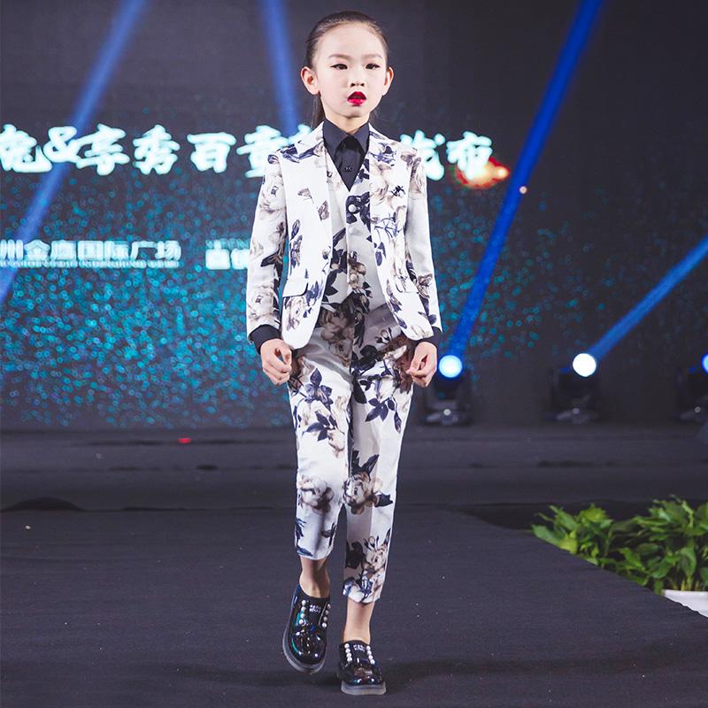 Купить Костюмы / Пиджаки  в Китае, в интернет магазине таобао на русском языке