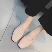 Spring and Autumn New Retro Shoes shoes export documentary grandma coarse girls shoes with simple all-match shoes.