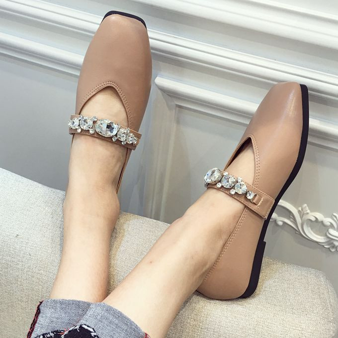 A simple square 2017 summer and the wind comfort shoes Bing Rhinestone word with shallow mouth shoe female documentary