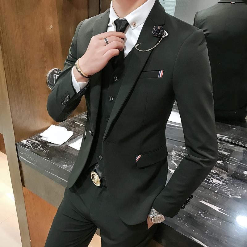 西服套装男士三件套韩版修身秋季休闲西装新郎结婚帅气伴郎团礼服