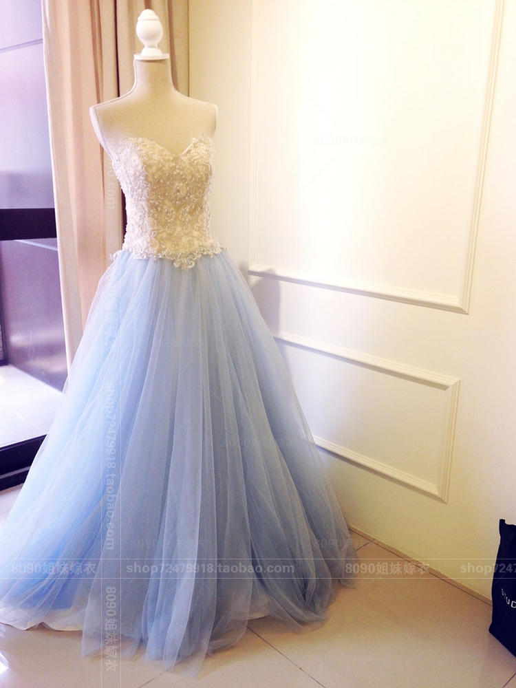 2016 new Strapless evening dress senior custom hand sewn beads on white and blue mix temperament