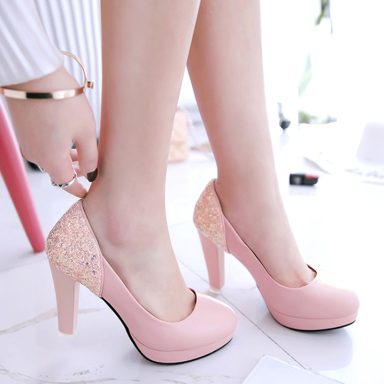 Spring new small size high-heeled shoes, 31 round head, 32 coarse, with 33 sequins work shoes, big yards, low shoes 40-45