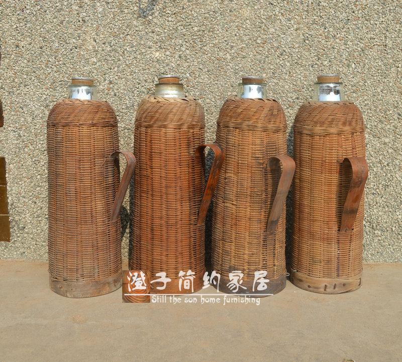 Old thermos Old thermos bottle Prepare the thermos flask culture revolution old nostalgic thermos kettle rattan bamboo