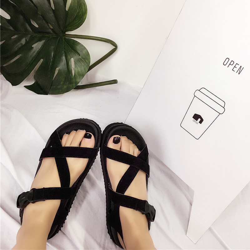 Harajuku sandals female tide restoring ancient ways ulzzang Korean girls Xia Xuesheng joker coastal tidal flat beach shoes holiday