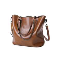 In the autumn of 2017 Korean fashion new handbag simple Tote Bag retro Shoulder Messenger Bag Lady portable