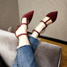 Mr. Love Jiang Shuying same paragraph shoes Luo Yi word buckle high-heeled straps 2018 red fine with pointed single shoes female