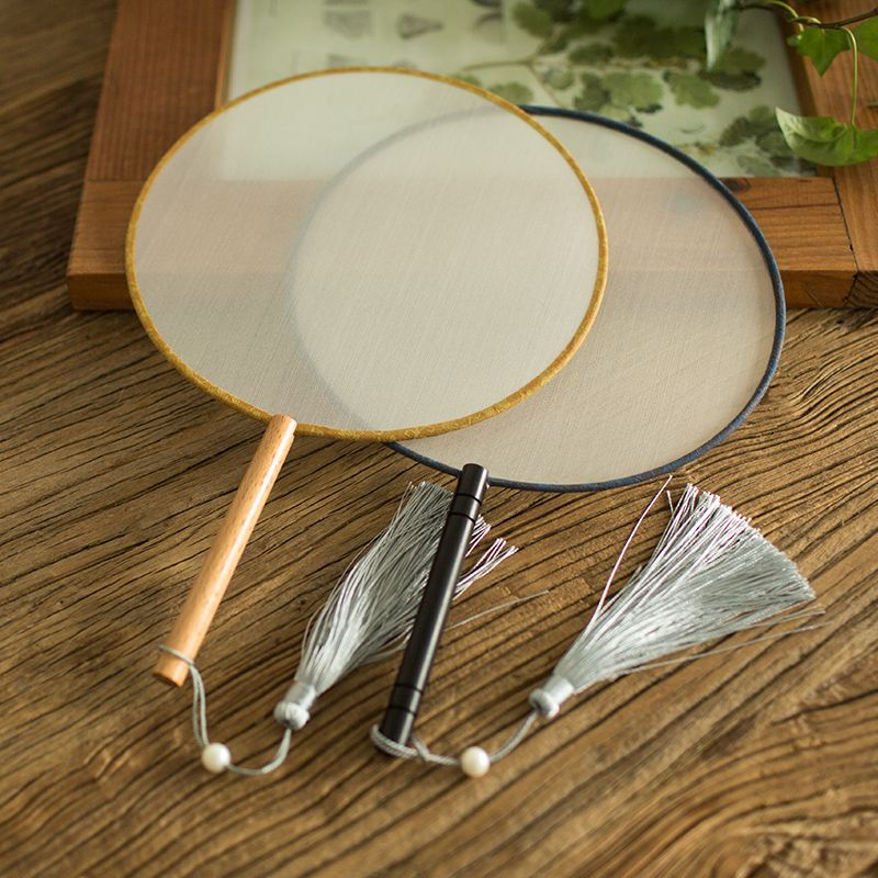Fan fan China wind silk blank palace literary circle fan of classical antiquity Chinese Hanfu hand-painted embroidery fan