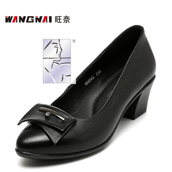 The new spring and summer 2017 middle-aged mother leather shoes in the thick with documentary ms shallow mouth elderly female leather shoes