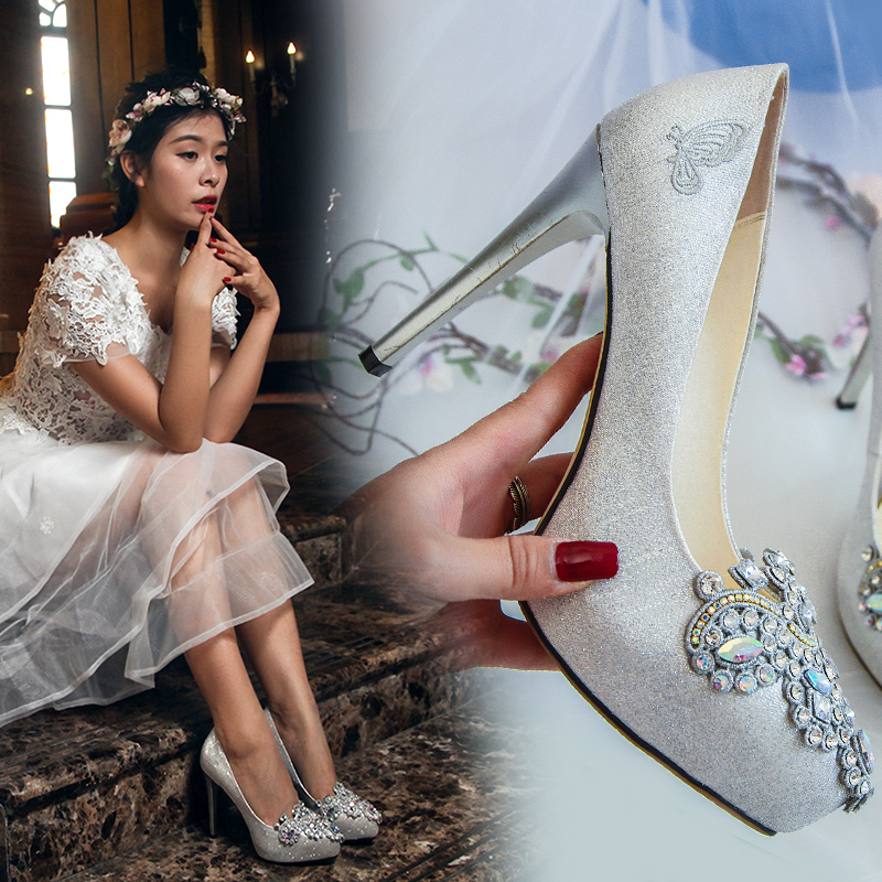 银色婚鞋女2017新款防水台超高跟新娘鞋水钻公主婚纱婚礼结婚鞋子