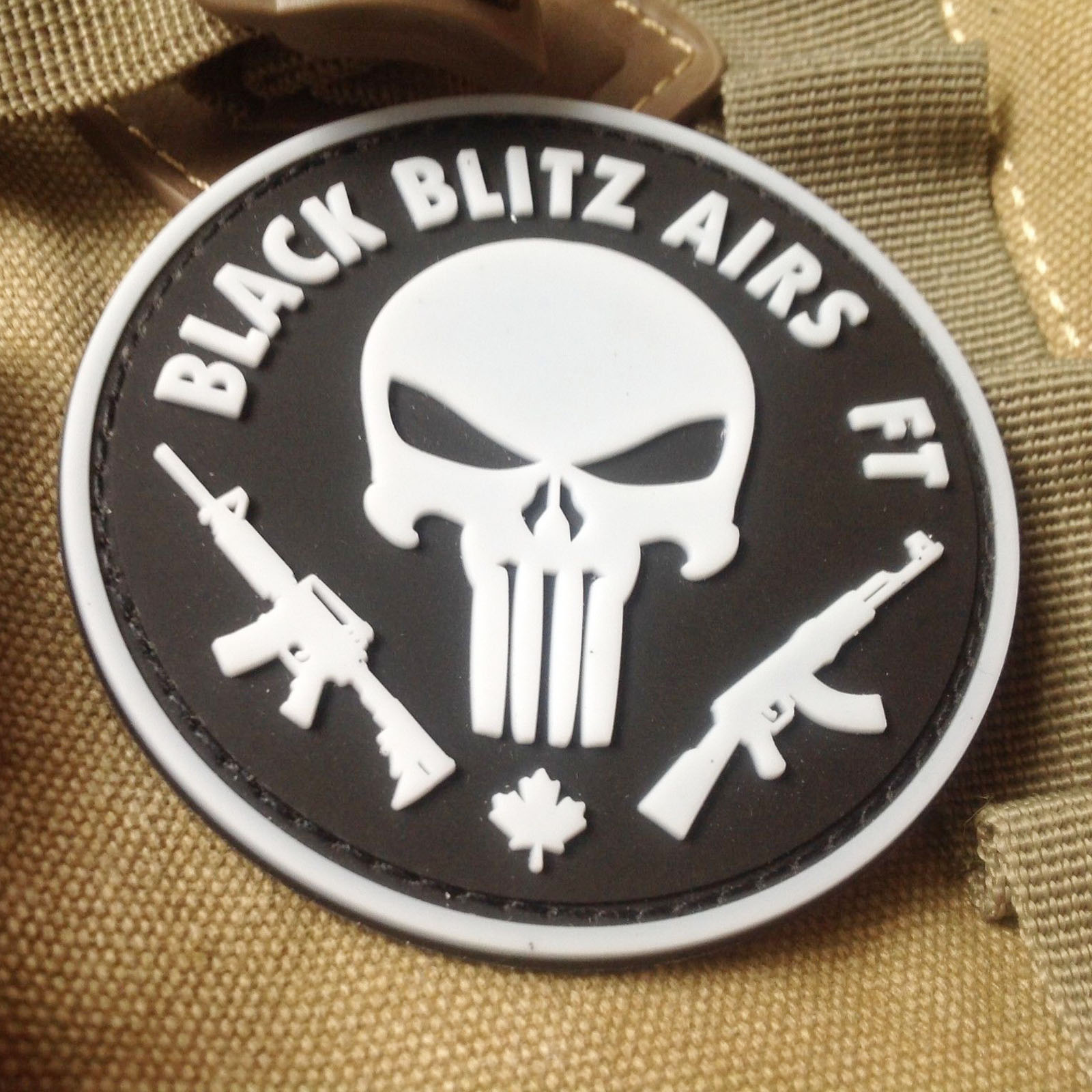Punisher double gun tde punisher pvc rubber velcro armband badge backpack stickers army fan patch stickers