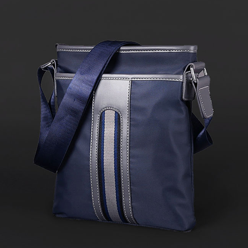 Male pack Shoulder messenger bag Oxford cloth bag Leisure fashion canvas bag business backpack Summer Outing Bag