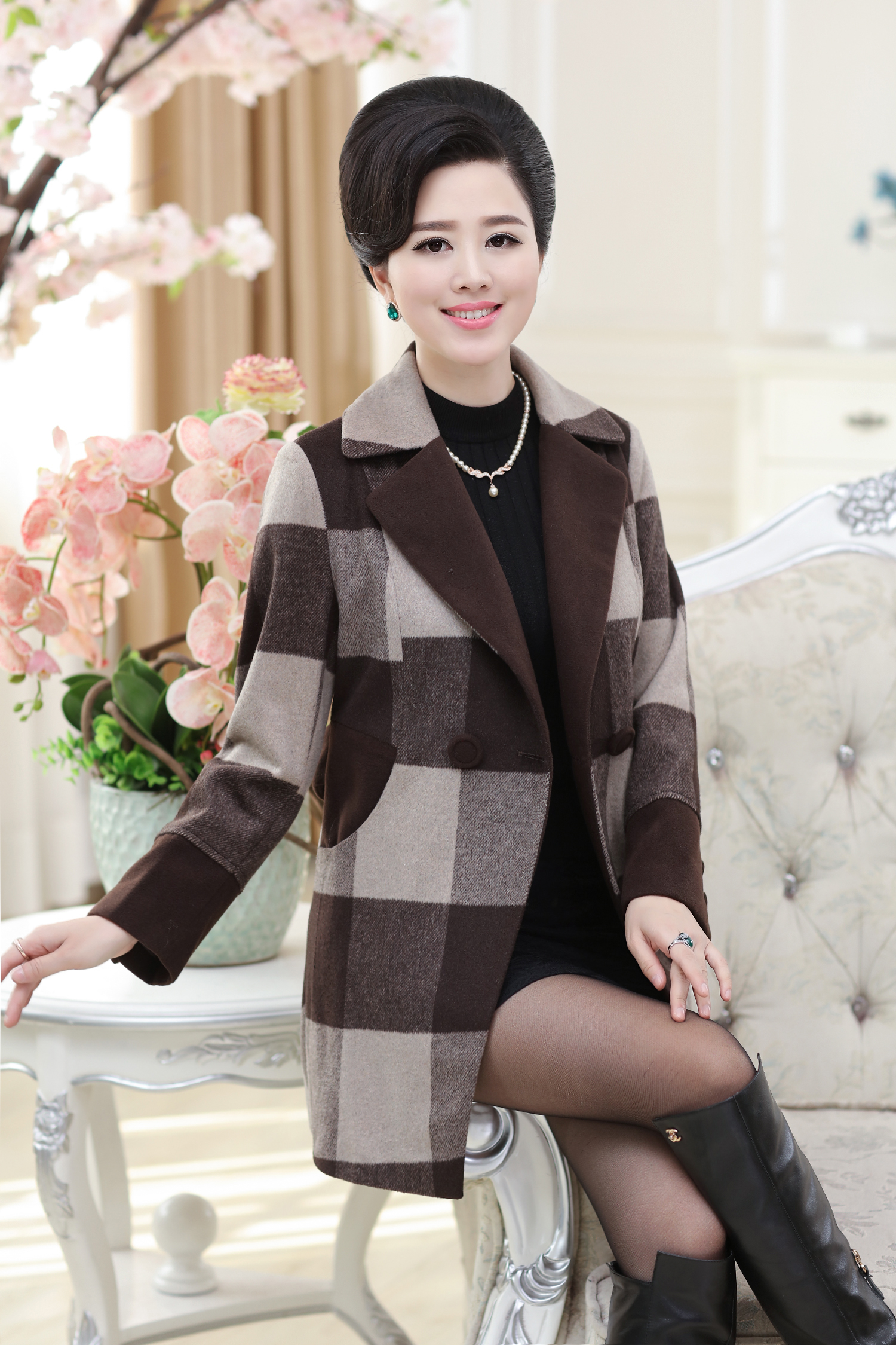 Mother long wool coat in middle-aged and old women's autumn/winter coat dress vogue big yards cloth coat of cultivate one's morality