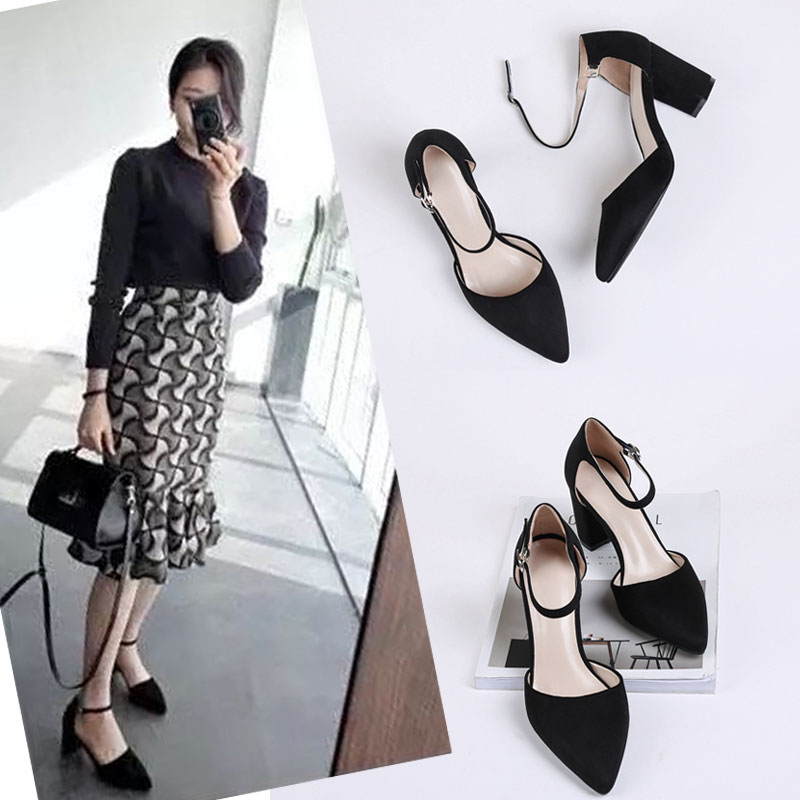 2017 summer new Korean all-match Suede Sandals buckle pointed word Baotou thick hollow female Sexy Heels