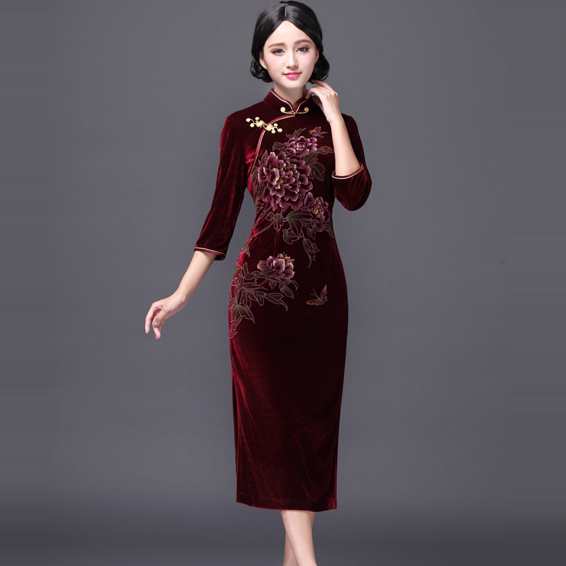 The East is decorated with new velvet, hand-painted and improved cheongsam, the Republic of China Daily retro high-end cheongsam dress, dress