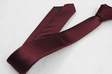 Authentic Gucci Mens ultra narrow export yarn dyed silk tie dark wine red color a Korean version of 5Cm