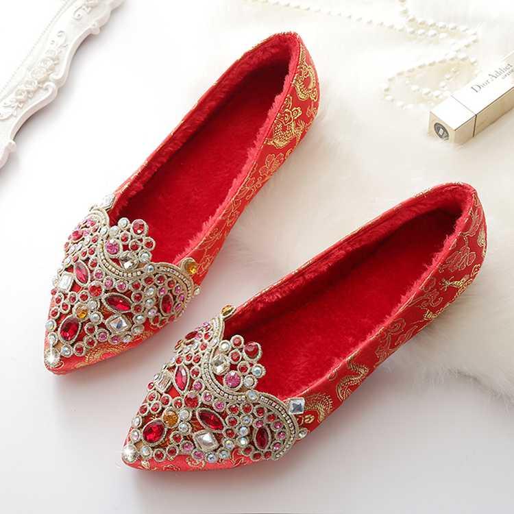 婚鞋女平底新娘鞋子2017新款冬季红色婚礼秀禾鞋红鞋钻中式结婚鞋