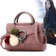 2017 new foreign posture hair ball lock Handbag Bag retro Shoulder Messenger ladies leisure all-match tide