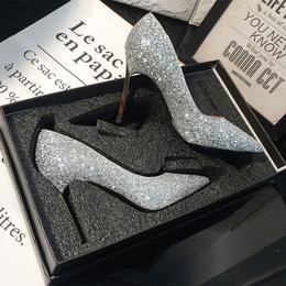 水晶新娘婚鞋女2018新款春季伴娘婚纱鞋细跟高跟鞋女尖头银色单鞋