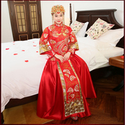 Baby with a Chinese wedding dress wedding bride wedding dress wedding gown toast clothing show clothing cheongsam gown dragon wo