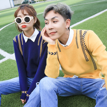 Winter 2017 couples dress shoulder sleeve head men and women T-shirt design individuality straight sweet Korean sweater