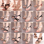 2016 new Bohemia summer sandals female students with low flat Beaded beach shoes toe shoes.