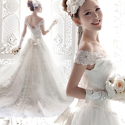 Reproduce the classic elegant wedding Angel Korean lace shoulder word large tail Princess Bride Wedding Dress