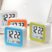 Wheat painting intelligent clock backlight LCD calendar clock can be set to three days small intelligent alarm clock