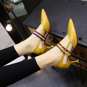 Cat and shoe, 2017 spring and summer new style, hollow pointed high-heeled shoes, belt buckle, fight colour, shallow, thin, documentary shoes, women's shoes
