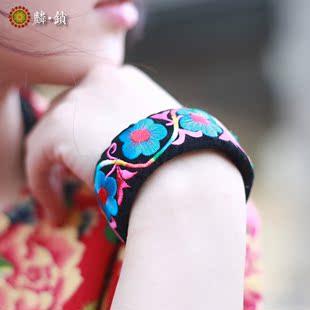麟锁刺绣民族原创中国风