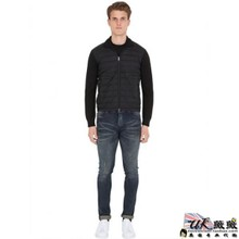 The British purchasing male New MONCLER alliance had a nylon wool knitted jacket genuine sent straight