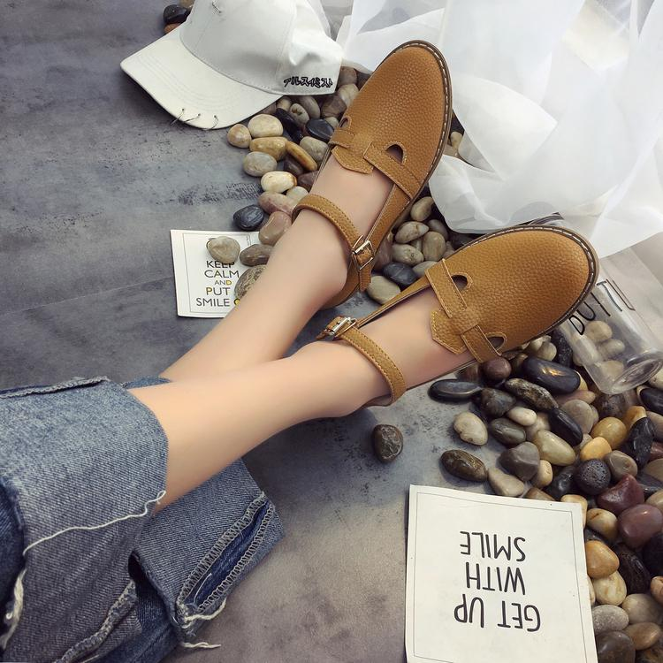 2017 spring summer new word buckle singles shoes with flat round the bottom of the Oxford Institute of wind small leather shoes Mary Jane shoes