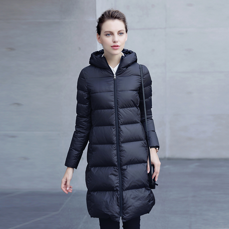 Paragraph temperament cultivate one's morality grows in Europe and the United States cultivate one's morality show thin white duck down thin kind of pure color female hooded down jacket coat