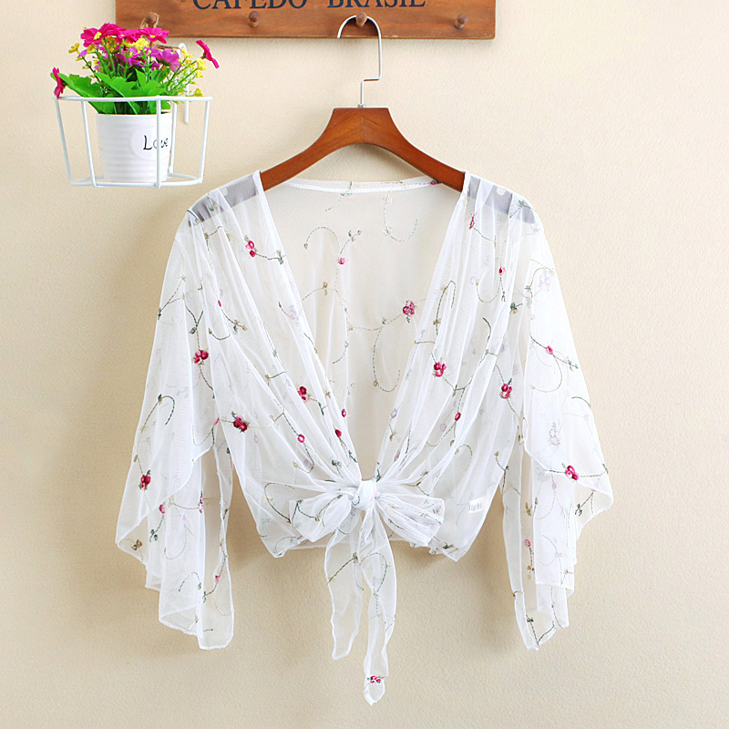 The new cloak female summer small Lace Shawl short cardigan a thin section of transparent gauze coat.
