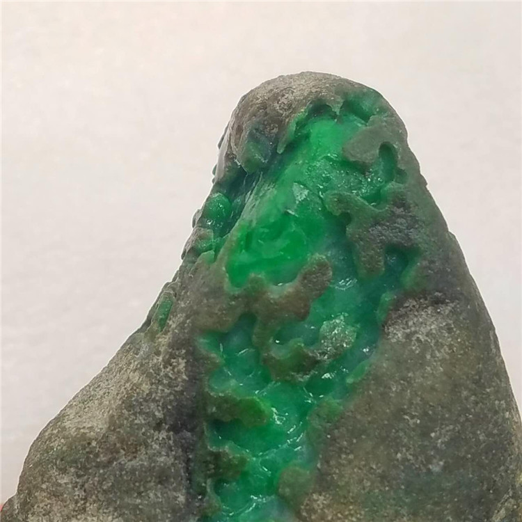 Gem stone natural jadeite original stone old pit jiang emperors green window full color sign quit after the fabric a dollar auction