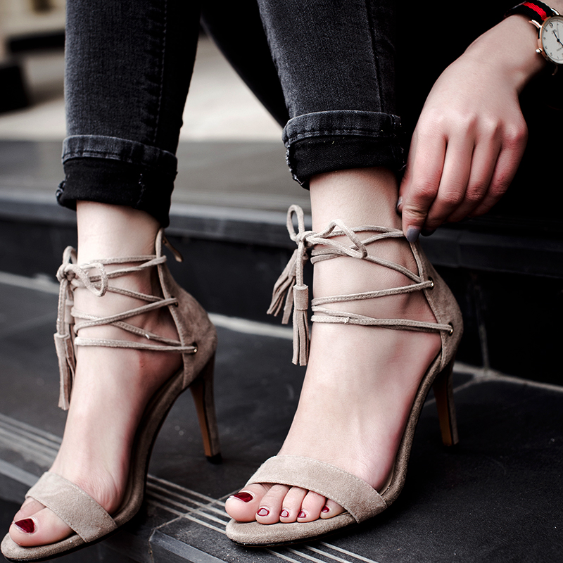 2017 summer new fashion Roman sandals women hollow cross strap suede heel with fringed with high heels