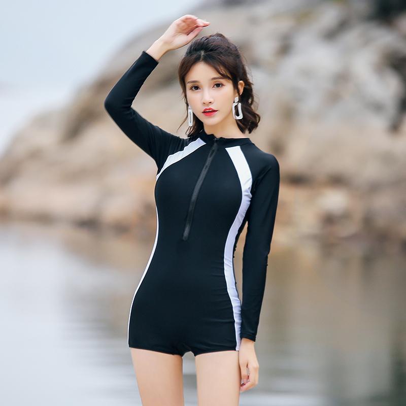 2018新款泳衣女士专业运动连体平角保守显瘦遮肚潜水长袖温泉泳装