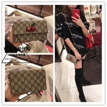 Yue Yue Paris purchasing gucci/ GUCCI GG supreme canvas cherry WOC chain bag single shoulder bag