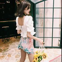 LIN CHAO ZHANG Summer New Fairy Sweet White Sexy Ruffled Short Cotton Top