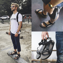 Men's sandals 2018 new slippers male trend Korean men's shoes summer couple models soft bottom casual shoes beach shoes