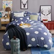 Thickened coral fleece four piece Korean cashmere fleece flannel. Winter quilt three sets of bedding