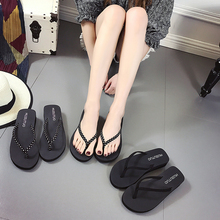 Korean summer lady flip flops female towel slip high-heeled flip flops with thick bottom slope beach sandals tide
