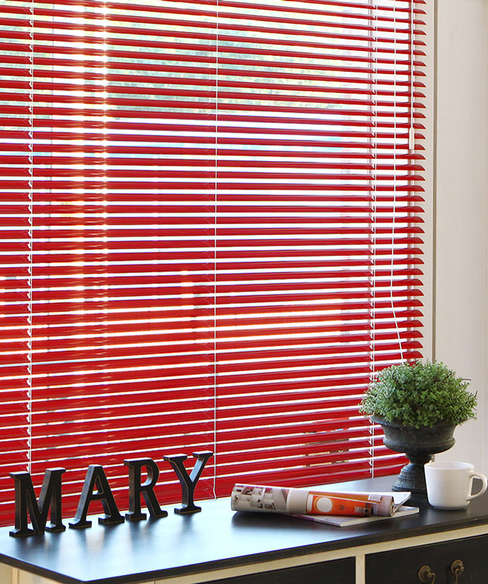 Factory outlets in Beijing Red Venetian blinds/Venetian blind blue black/perforated shutters