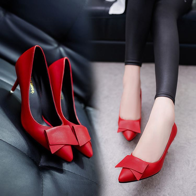 South Korea's 17 spring new ladies temperament shoes shoes Asakuchi star pointed high-heeled shoes with shoe bride low tide