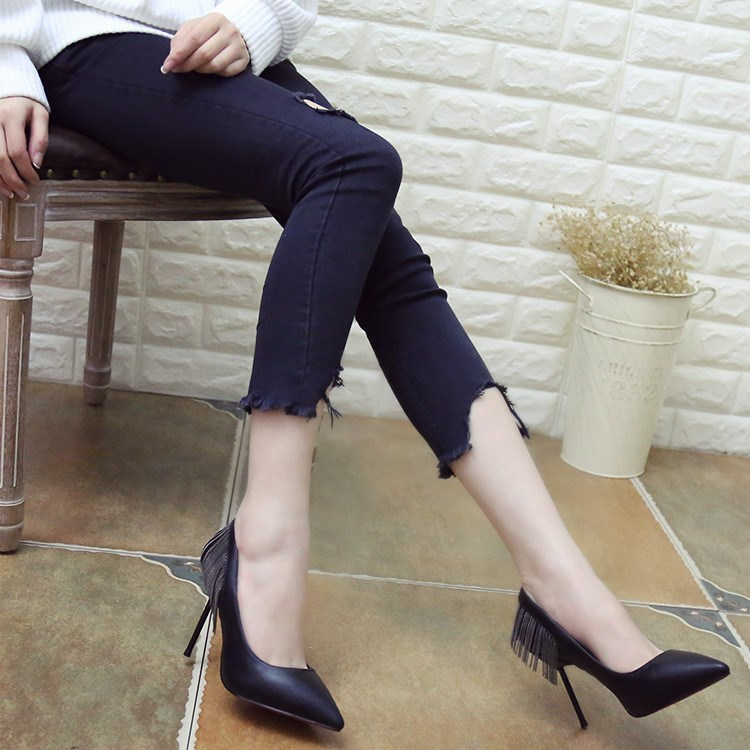 European and American socialite spring 2017 new pointed tassel shallow mouth single fine with high heels shoes fashion footwear OL gun color