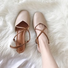 2018 summer new style grandma shoes with retro square head cross women's shoes baotou sandals female summer thick with high heels