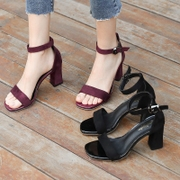 2017 new female summer sandals with coarse and black students all-match toe heels female buckle Rome word