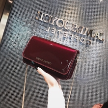 Ins super fire on the new girl slant small square bag 2018 female new bag patent leather chain mirror shoulder handbag